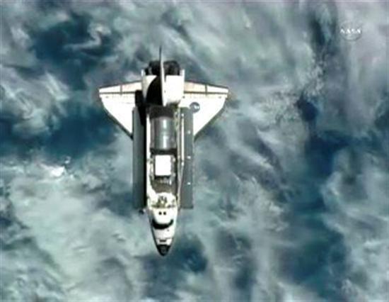 Acople del Discovery. Foto: NASA