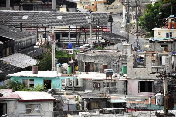 Las casas del barrio desde la altura. Foto: Kaloian