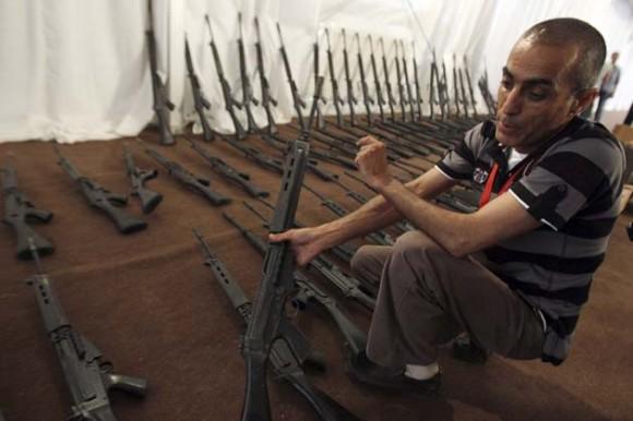 LIBIA DISTURBIOS ARMAS