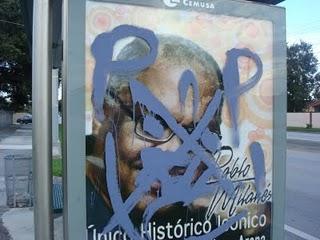Promoción del concierto de Pablo Milanés en Miami, con pintada.