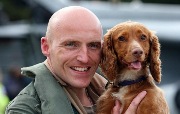Overjoyed spaniel welcomes home her master as Libya Tornado crews return