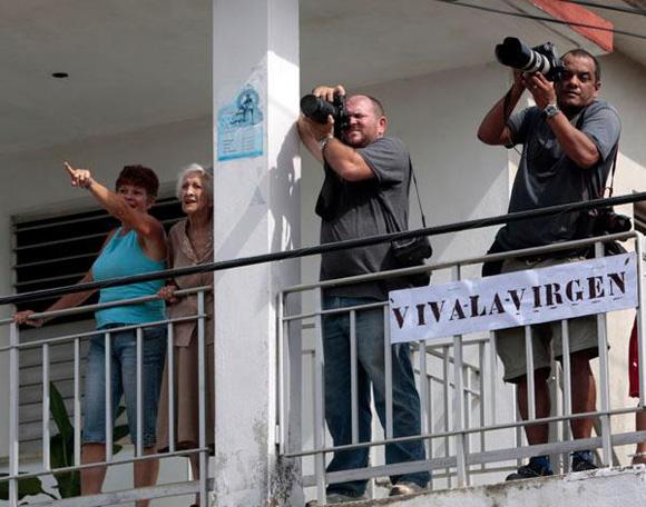 Fototgrafos en Madruga, Mayabeque. Foto: Ismael Francisco