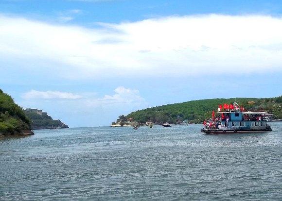 Carnavales acuáticos en Santiago de Cuba. Foto: Miguel Noa/Cubadebate