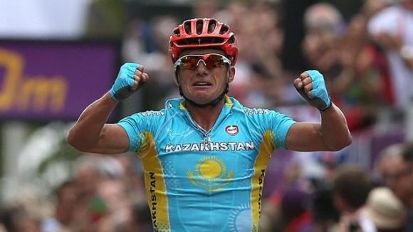 El kazajo Alexander Vinokurov ganó la ruta del ciclismo