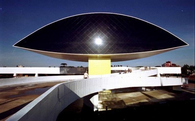 Museo Oscar Niemeyer. Foto:niemeyer.org.br