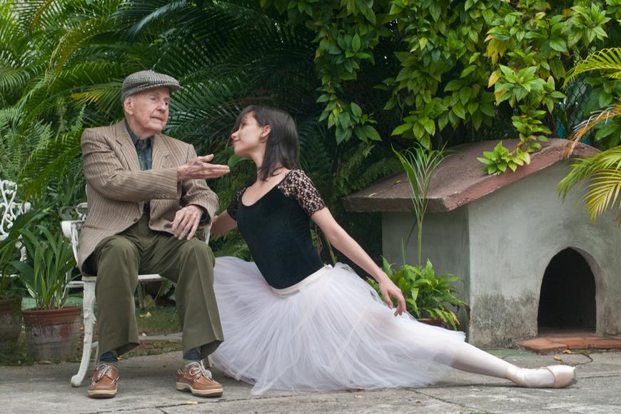 El maestro Fernando Alonso y Grettel Morejón, primera solista del Ballet Nacional de Cuba. FOTO: Gabriel Dávalos