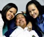 Chávez-y-sus-hijas 2