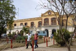 La Terminal Ferroviaria, fundada en 1882, de características neoclásicas, se incluye entre los sitios de repercusión histórica y arquitectónicas, de la ciudad de Sagua la Grande en la provincia de Villa Clara, Cuba, el 6 de abril de 2013.  AIN   FOTO/Arelys María ECHEVARRÍA RODRÍGUEZ