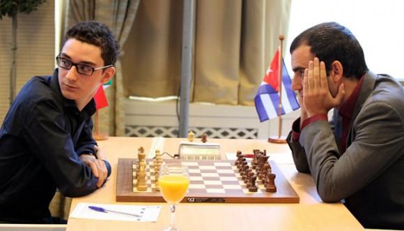Leinier y Caruana Foto de Archivo
