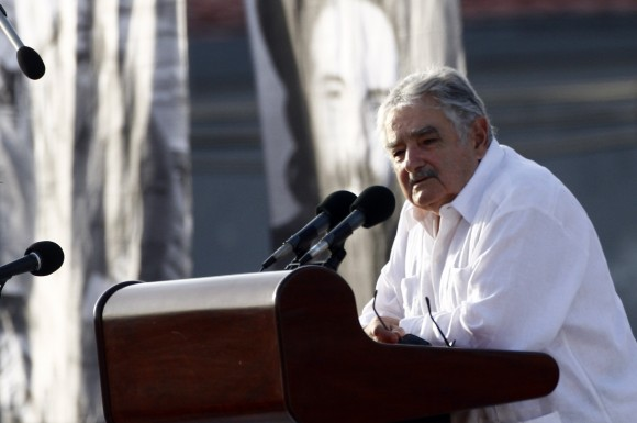 José Mujica habla  en el Acto por el Aniversario 60 del Asalto al Cuartel Moncada. Foto:  Ismael Francisco/ Cubadebate