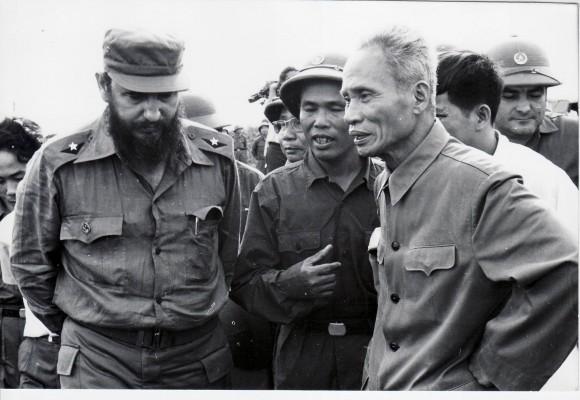 Fidel junto al Primer Ministro vietnamita Pham Van Dong en Septiembre de 1973. Foto: Estudios Revolución/Cubadebate