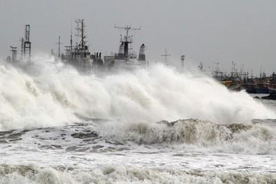 El ciclón Phailin llegó a la costa este de India con unos vientos de hasta 200 kilómetros por hora. Foto: Reuters.