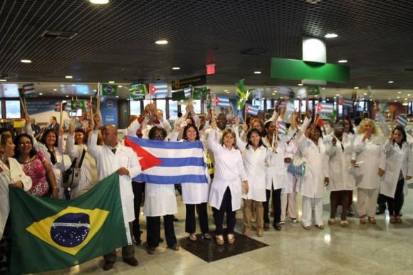 Médicos cubanos en Brasil. Foto: Archivo.