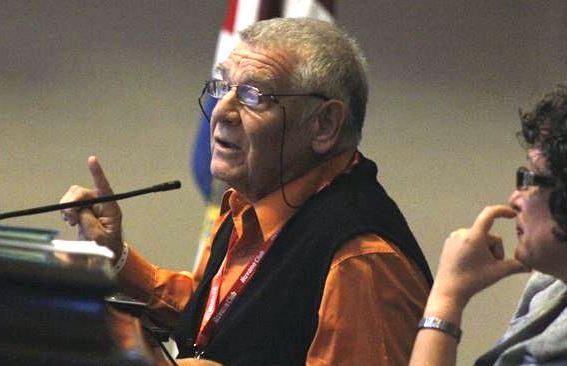 Manuel Martín Serrano en conferencia inaugural de ICOM 2013, La Habana.