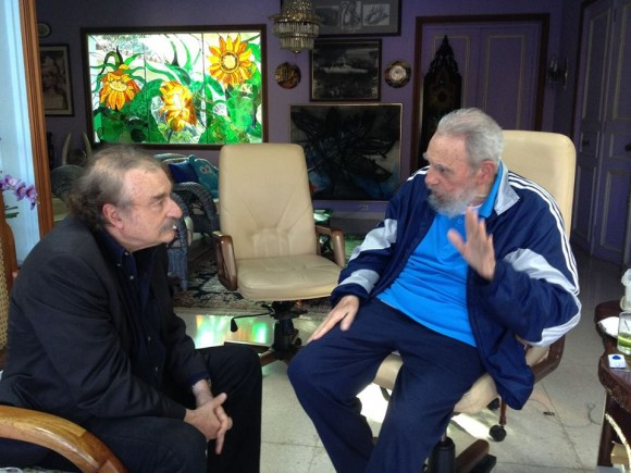 Fidel y Ramonet en La Habana el 13 de diciembre de 2013. Foto: Estudios Revolución