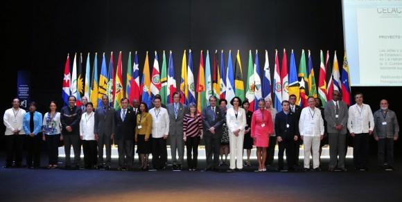 La foto de familia de la Reunión de Coordinadores Nacionales de la CELAC. Foto: Ladyrene Pérez/ Cubadebate