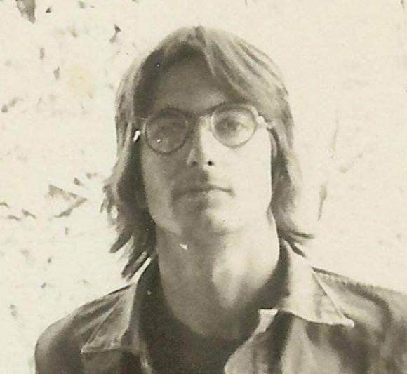 Keith Forsyth, a principios de 1970, fue el lock-picker designado entre los ocho ladrones. Cuando se dio cuenta de que no podía abrir la cerradura de la puerta principal del FBI oficina, rompió a través de una entrada lateral. Foto: The New York Times