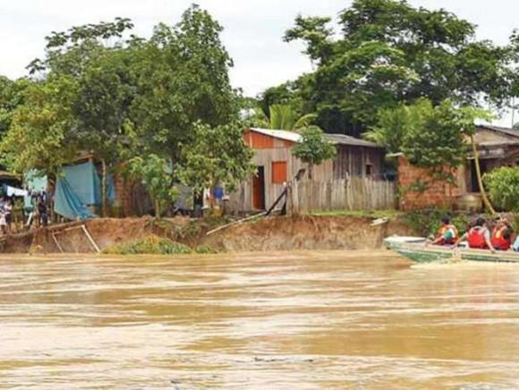 """El Gobierno de Bolivia decretó """"emergencia nacional"""" para atender a las 21 mil familias damnificadas por las lluvias que afectan al país."""