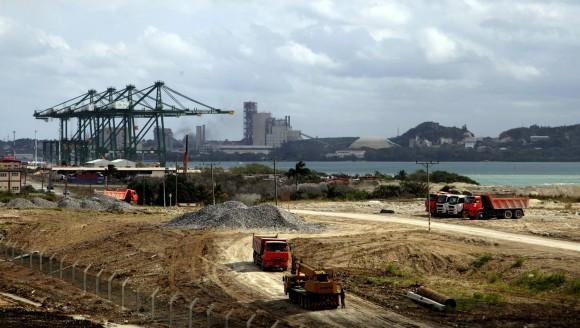 """La Terminal de Mariel tendrá capacidad para recibir buques de mercancías de la generación """"post-panamax"""" y forma parte de la Zona Especial de Desarrollo del Mariel (ZEDM), la primera de su tipo en Cuba. Foto: Ismael Francisco/ Cubadebate"""