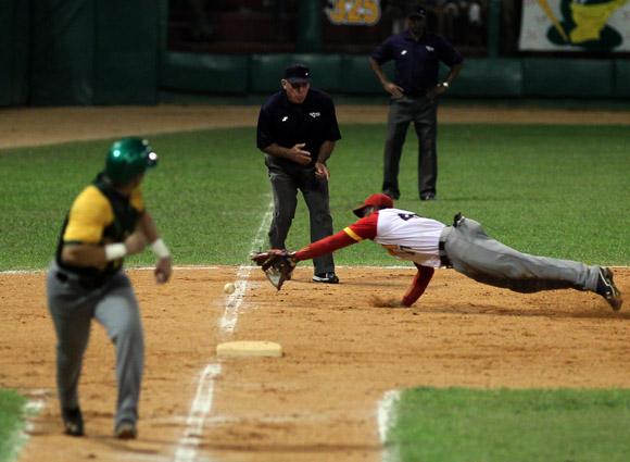 Juego Final de la 53 Serie Nacional de Béisbol.  Pinar del Río Campeón. Foto: Ismael Francisco/Cubadebate