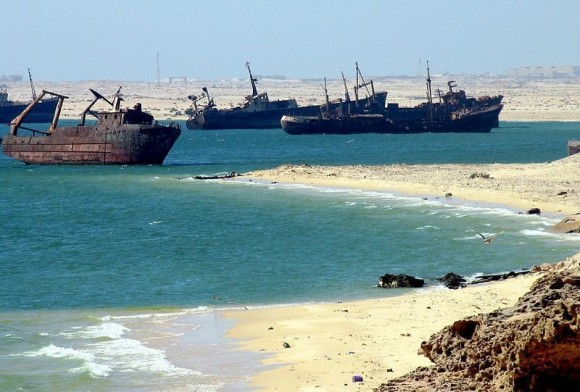 Cementerio de barcos de la Bahía de Nouadhibou, Mauritania. Foto: jbdodane.
