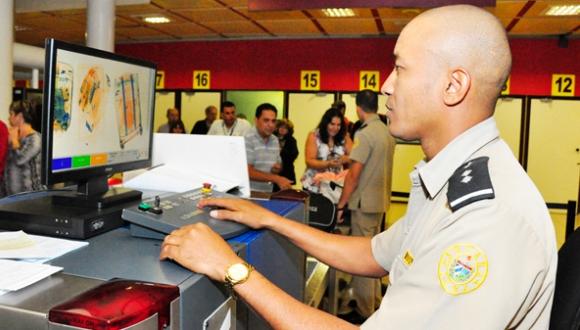 Aduana General de la República. FOTO: Raúl Abreu/Juventud Rebelde.