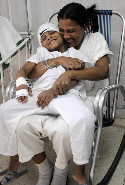 Enfermos En Estanquillo Cáncer Niños Cuba – El Para De Juguetes 3Rc4A5jqSL