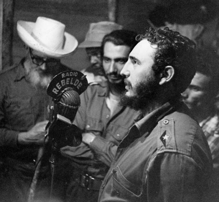 Dinorah la bordadora de Fidel  Cubadebate