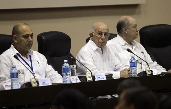 Reunión técnica de especialistas y directivos. Foto: Ismael Francisco/ Cubadebate