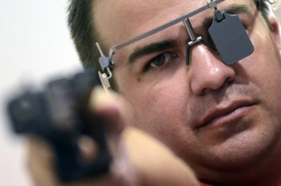 Leuris Pupo oro en pistola tiro rapido y x equipo. Foto: Ricardo López Hevia /Granma / Cubadebate