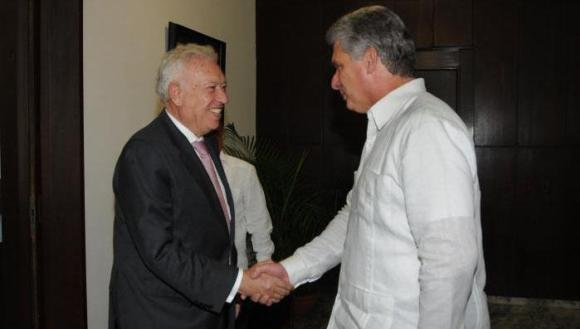 diaz canel recibe a margallo 580