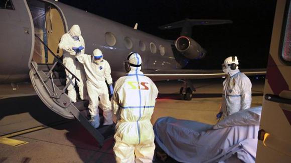medico-suiza-ebola