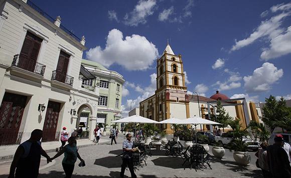 Vista de la Iglesia de la Soledad, desde el Hostal Camino de Hierro, Camagüey. Foto: Ismael Francisco/Cubadebate.