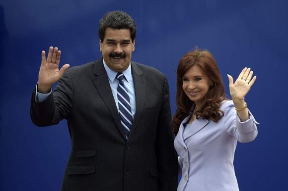 """Contra Argentina y Venezuela se ha desatado un """"golpe de Estado blando""""."""