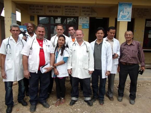 Médicos Nepal (2)