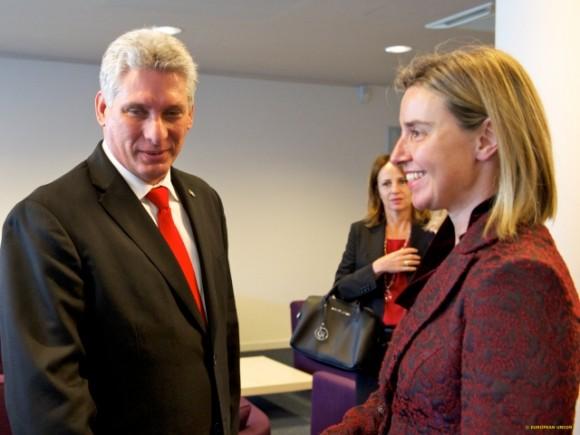 Miguel Díaz-Canel, Primer Vicepresidente cubano y Federica Mogherini,alta representante de la Unión Europea para Asuntos Exteriores y Política de Seguridad. Foto: Newsroom.