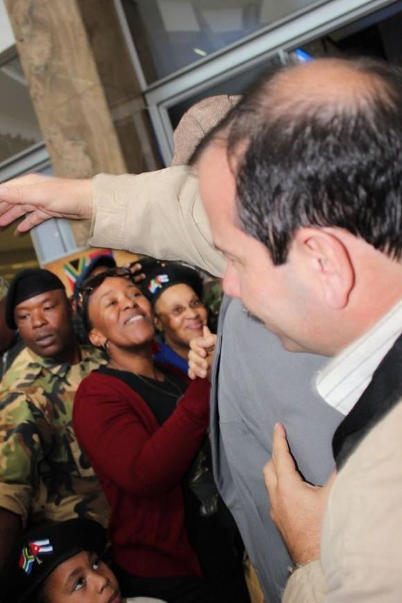Los Cinco en Sudáfrica. Fernando González en el Recibimiento Popular en el Aeropuerto. Foto: Deisy Francis Mexidor / Cubadebate