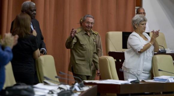 El Presidente cubano Raúl Castro asiste a la Sesión Plenaria del Parlamento, este miércoles 15 de julio de 2015. Foto: Ladyrene Pérez/ Cubadebate