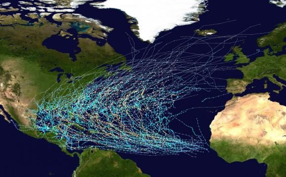 Trayectoria de tormentas tropicales y huracanes en el Atlántico entre 1980 y 2005.