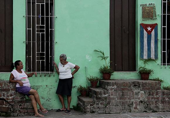 Cubanas en Camagüey. Foto: Ismael Francisco/ Cubadebate
