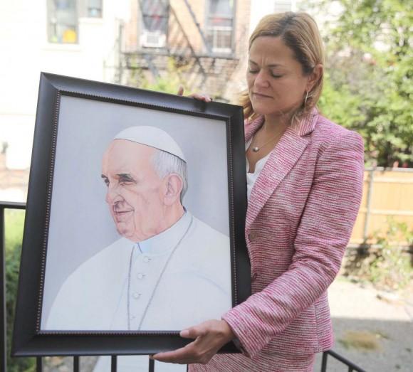 Pintura del Papa Francisco realizada en el 2014 por Oscar López Rivera y entregada al Sumo Pontífice por  la presidenta del Concejo Municipal de Nueva York,  Melissa Mark-Viverito. Foto: Pedro Julio Serrano