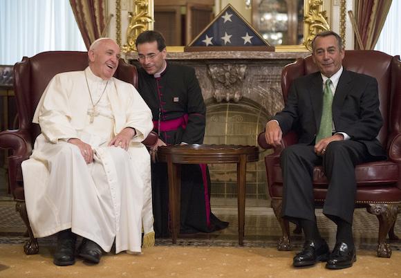 El Vocero del Congreso John Boehner, de Ohio, en el encuentro con el Papa Francisco en el Capitolio. Foto: Bill Clark/Roll Call/ via AP, Pool