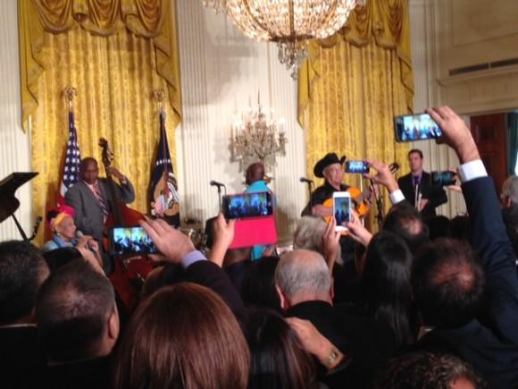 Buena Vista Social Club cantando en la Casa Blanca, 15 de octubre de 2015. Foto: Cubadebate