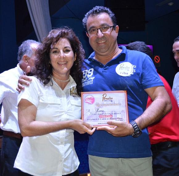 Paradiso reconoció a todos aquello que se distinguen en el turismo cultural. Foto. Marianela Dufflar/ Cubadebate.
