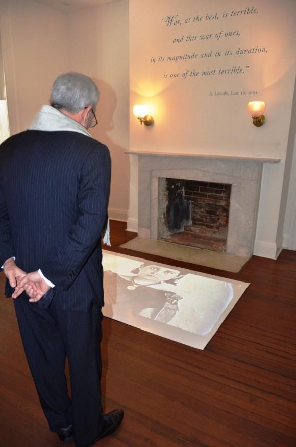 Eusebio Leal recorre lugares históricos de Estados Unidos. En el Lincoln´s Cottage. Foto: Cubadebate