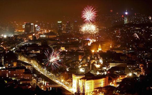 Fuegos artificiales en Sarajevo, Bosnia. Foto: Reuters