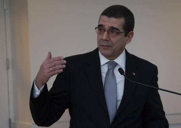 El Embajador cubano, José Ramón Cabañas, intervino al cierre de esta primera conferencia del Consorcio Cuba. Recordó que la Isla y EEUU tienen que empezar de cero una relación que nunca ha sido normal. Foto: Ismael Francisco/ Cubadebate