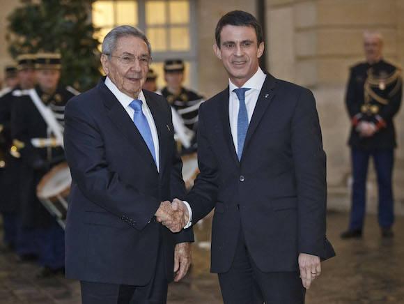 Con el Primer Ministro francés, Manuel Valls. Foto: Michel Euler/ AP
