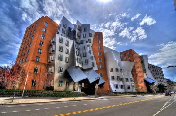 Centro Ray y Maria Stata, del MIT, donde trabaja Chomsky.