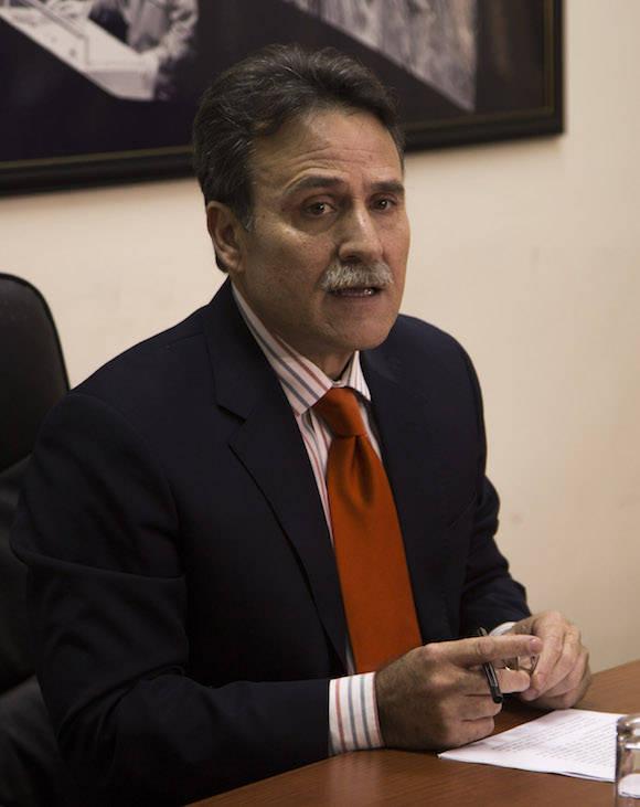 Gustavo Machín, en conferencia de prensa este mediodía. Foto: Ismael Francisco/ Cubadebate